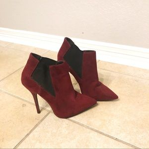 Women's pointed toe bootie